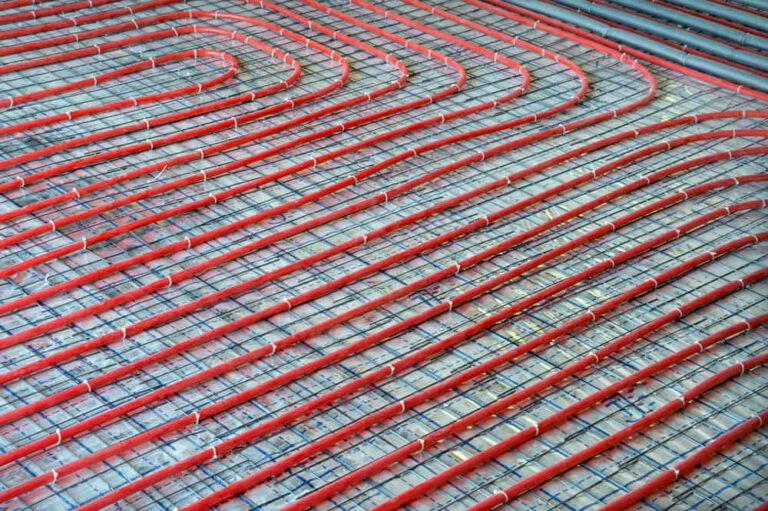 התקנת חימום תת רצפתי ספקטרום אנרגיה פתרונות חימום